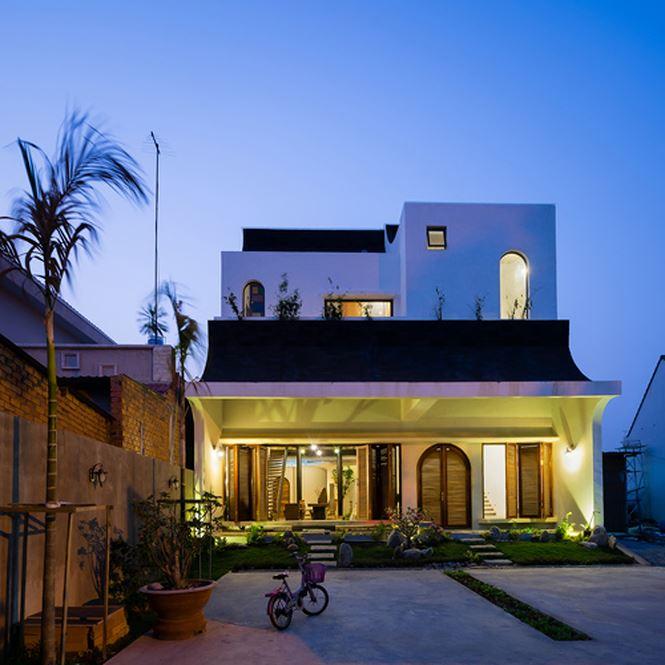 Căn nhà 'hiện đại- quá khứ' cho gia đình 3 thế hệ - ảnh 1