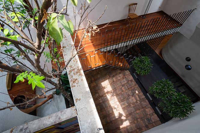 Căn nhà 'hiện đại- quá khứ' cho gia đình 3 thế hệ - ảnh 10
