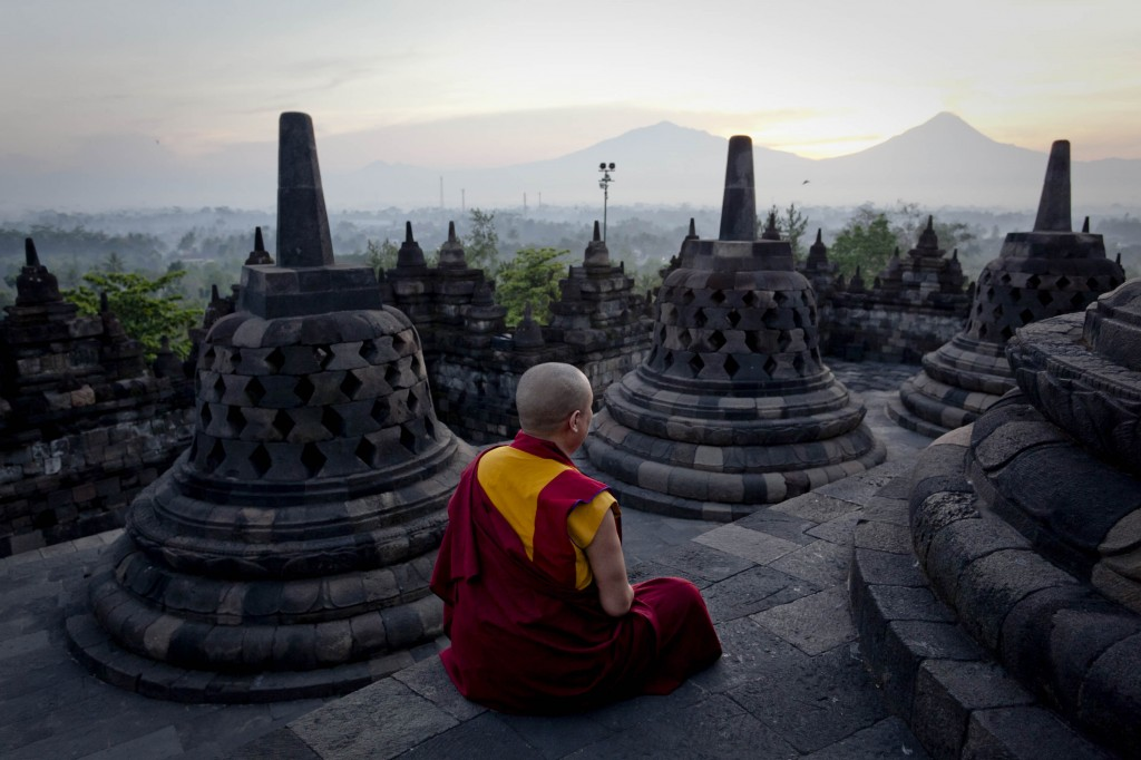 Indonesian Buddhists Celebrate Vesak Day