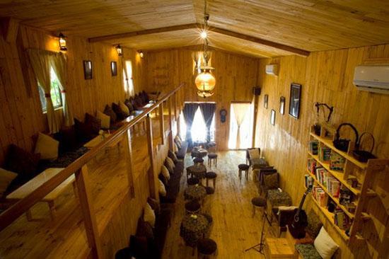 Thiết kế quán cafe bằng gỗ