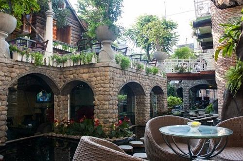 Huyền Thoại Cafe