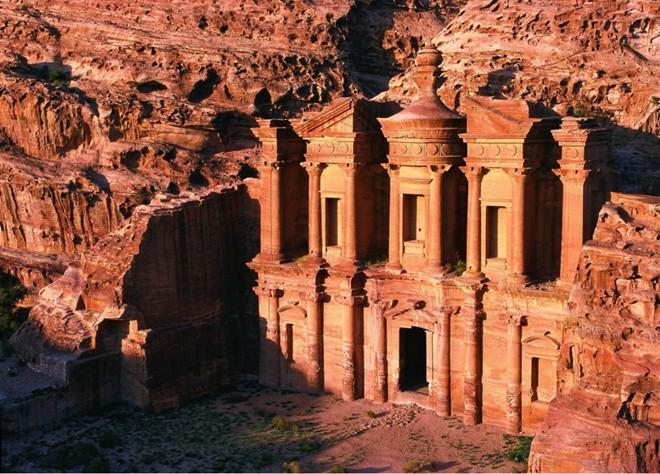 Petra (Jordan): được biết đến như