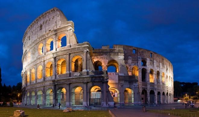 Đấu trường La Mã (Italy)