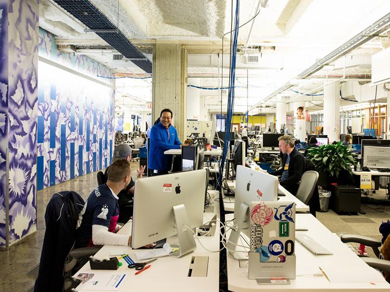 Bên trong văn phòng làm việc đẹp nín thở của Facebook tại New York - Ảnh 1.
