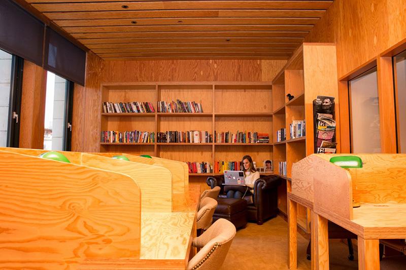 Bên trong văn phòng làm việc đẹp nín thở của Facebook tại New York - Ảnh 13.