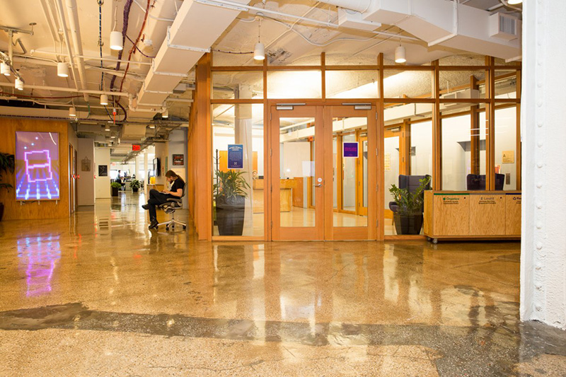Bên trong văn phòng làm việc đẹp nín thở của Facebook tại New York - Ảnh 25.