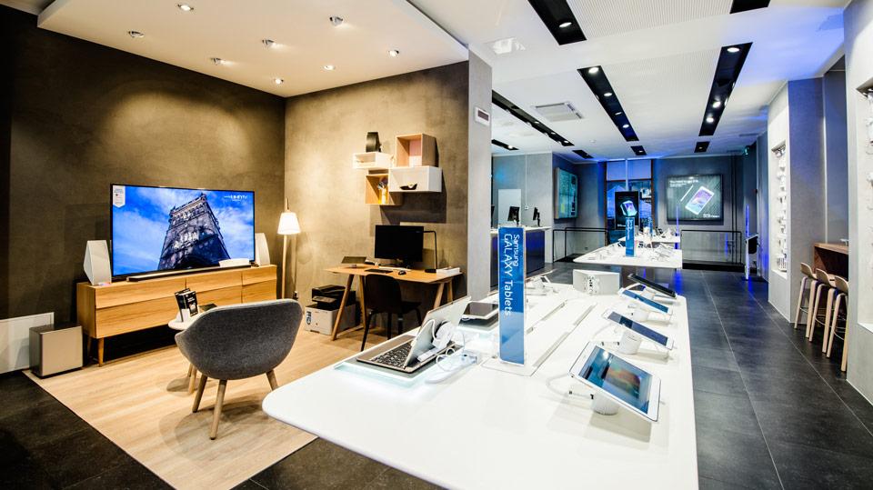 Mẫu thiết kế nội thất showroom di động