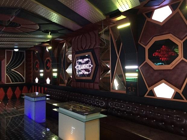 Thi công nội thất karaoke 1
