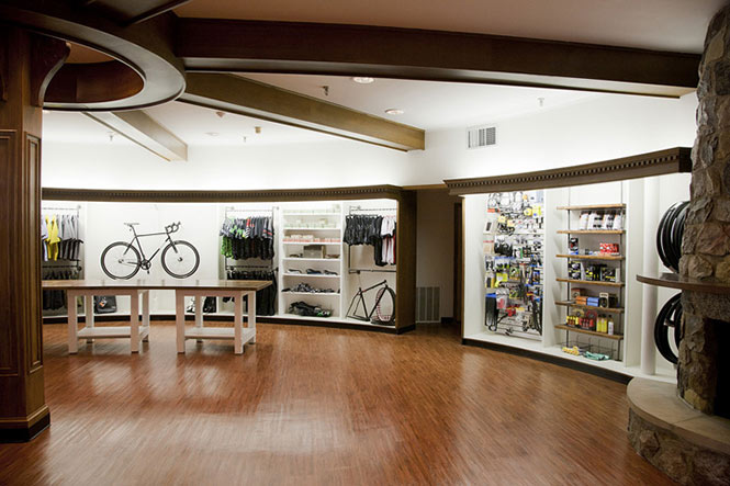 Thiết kế showroom trưng bày xe chuyên nghiệp